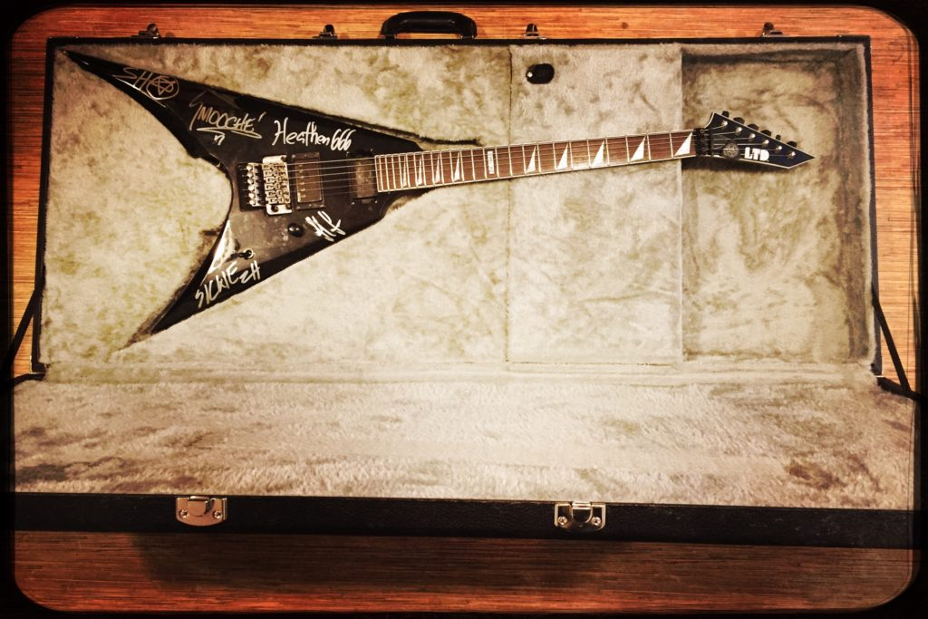 "<b>JED SIMON (ZIMMERS HOLE)</b> <br /> ""Autographed ZH ESP Flying-V w/ Road Case"""